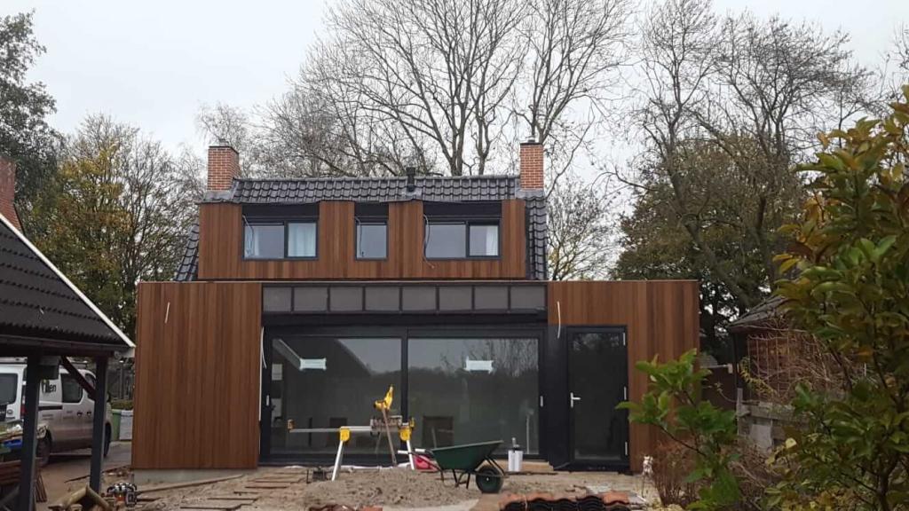 Aan- en verbouw woning Engelbert, Aluminium kozijnen & dubbel schuivende schuifpui.